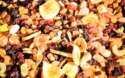 One of the 5 tasty hiking snacks: dried fruit