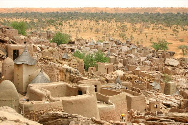 the pays dogon trek, mali. One of our recommended trekking locations, hiking vs trekking vs mountaineering